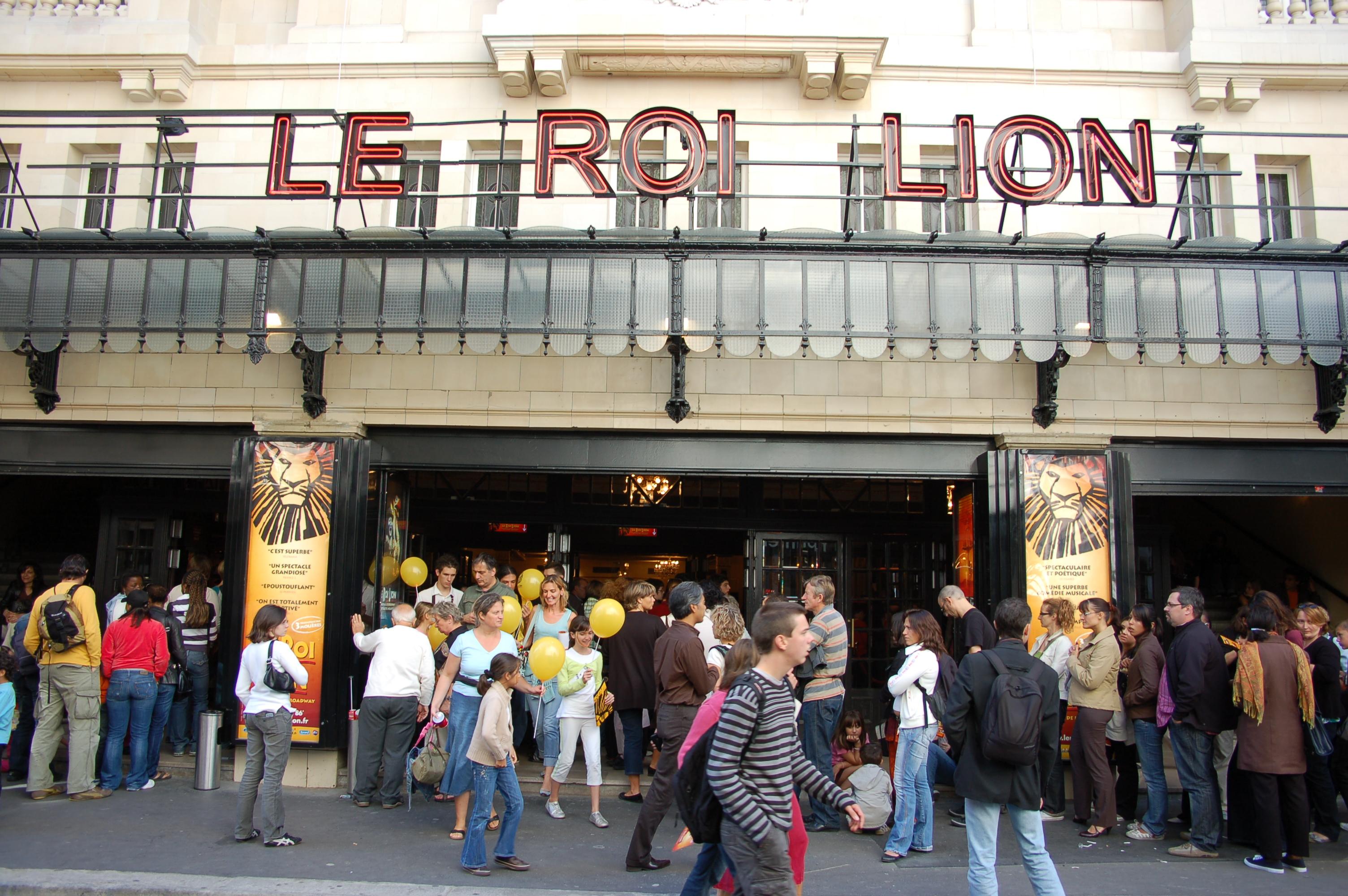 Les Portes Ouvertes du Roi Lion au théâtre Mogador